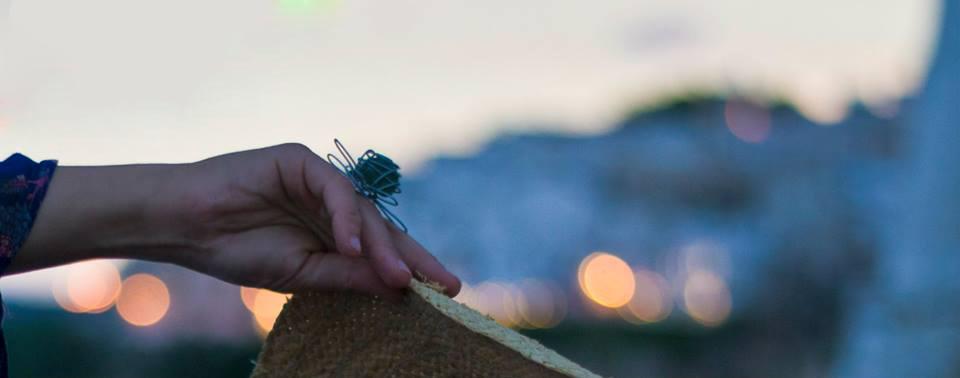 Malice's Craftland - Vieste - Gargano - artigianato- made in italy- anello di metallo filato con vetro di mare