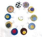 orecchini cartoncino e stoffa Malice's Craftland - riciclo creativo - artigianato sostenibile italiano