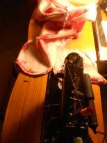 Fase di cucitura - singer -vintage - malices-craftland-copertina-neonato-sacco nanna - con-coda-di-sirena (o balena)