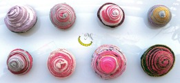 spille - pins - tessuti riciclati - Malice's Craftland - riciclo creativo -