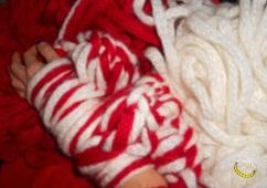malices-craftland-hand-knitting-scaldacollo-di-lana-con-cappuccio-a-punta-01