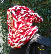 malices-craftland-hand-knitting-scaldacollo-di-lana-con-cappuccio-a-punta-05